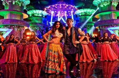 Baaghi 2 Mundiyan song out: Tiger Shroff-Disha Patani's PEPPY track will make you GROOVE to its beat (watch video)