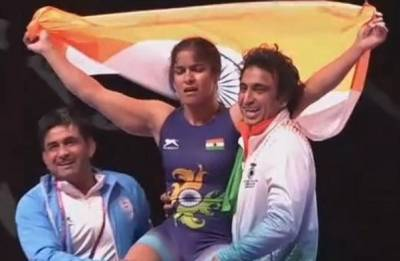 Navjot Kaur creates history, becomes first Indian woman wrestler to win gold in Sr Asian C'hips