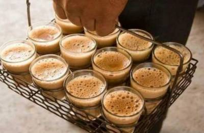 Youngster in Maharashtra's Pune earns Rs 12 lakhs a month just by selling tea