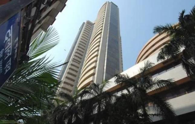 Sensex and Nifty both slides down (Image Source: PTI)