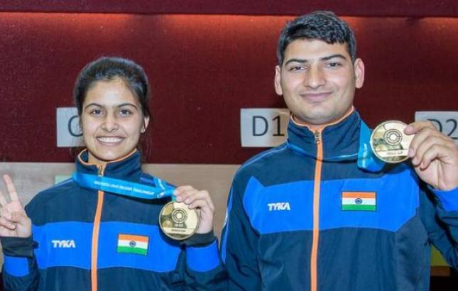 Manu Bhaker and Om Prakash Mitharval - File Photo