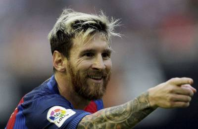 Messi completes his off-field HAT-TRICK! announces his third child Ciro