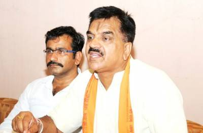 BJP MLA Rajkumar Thukral beats up Dalit women, makes casteist slur