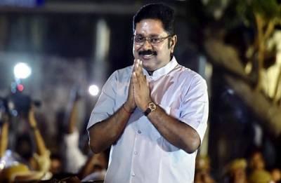 Dhinakaran names new party 'Amma Makkal Munnetra Kazhagam', unveils flag with Jayalalithaa in centre