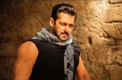 Race 3 first poster out: Salman Khan as 'Sikander' SLAYS it with his expressions (see pic)