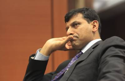Raghuram Rajan expresses fear that Artificial Intelligence would take up jobs