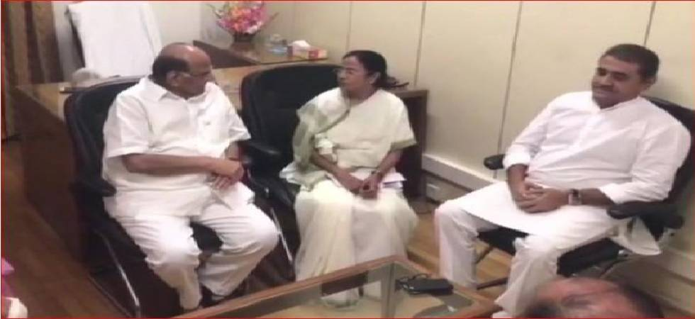 West Bengal CM Mamata Banerjee meets NCP chief Sharad Pawar in Delhi (ANI Photo)
