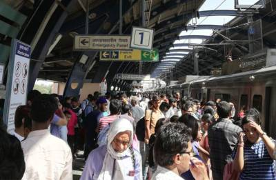 Delhi Metro Blue Line hit by snag in overhead wire, services disrupted