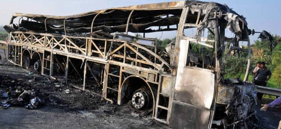 Bus fire kills 20 Myanmar migrants in Thailand