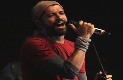 Farhan Akhtar makes Telugu singing debut with Mahesh Babu's film