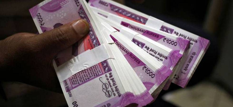 Rupee rises 4 paise against US dollar in early trade