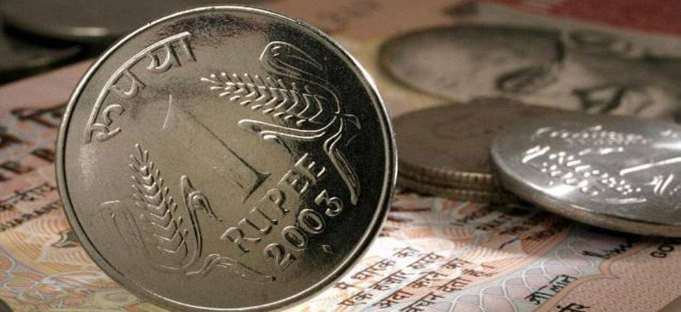 RBI sets rupee reference rate at 64.9287 against US dollar (Source: PTI)