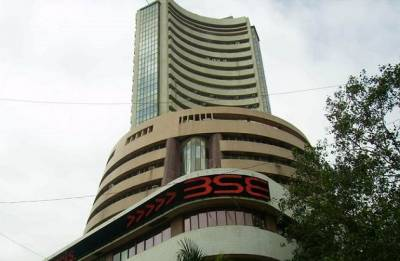 Sensex surges 91.71 points to close at 33,880.25; Nifty above 10,400 mark