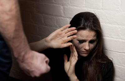 Man allegedly breaks wife's hands; punishes for not bearing male child