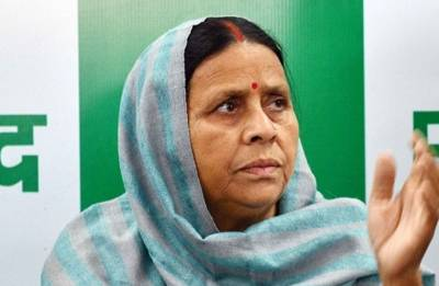 Rabri Devi accuses Nitish Kumar of conspiring against her family, says Lalu is dying in jail