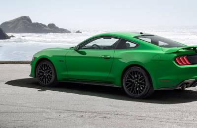 Ford Mustang announced world's best sports coupe for consecutive third year