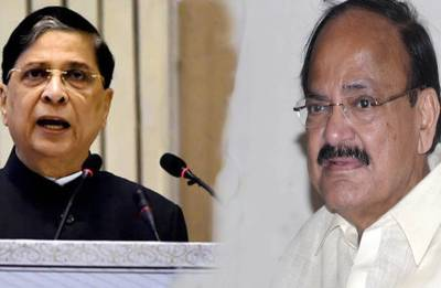 Chief Justice Impeachment: Venkaiah Naidu begins consultations with legal experts