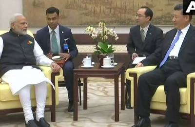 Modi offers to host next 'informal summit' with Xi in 2019