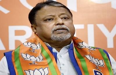 Police complaint against BJP leader Mukul Roy for 'bribing' voters