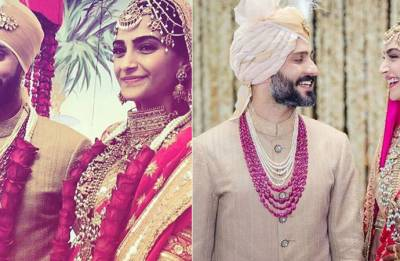 See pics: Sonam Kapoor poses as Mrs Anand Ahuja for the first time post wedding