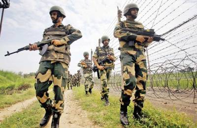 Pakistan Rangers pleaded with BSF to stop firing along IB, after one killed in heavy artillery