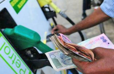 Petrol price touches new high; Rs 85.29 in Mumbai, Rs 77.47 in Delhi
