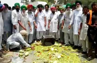Farmers intensify protests on second day of Kisan Avkash; vegetables prices Sky High!
