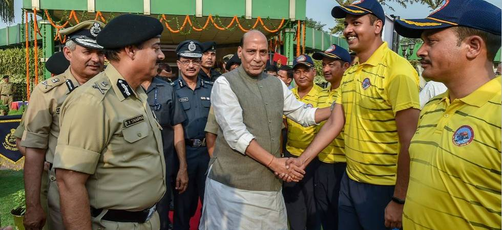 Rajnath Singh arrives in Kupwara; to meet people living in border areas (Photo Source: PTI)