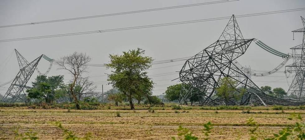 Uttar Pradesh: Dust storms claim 15 lives, leave 28 injured