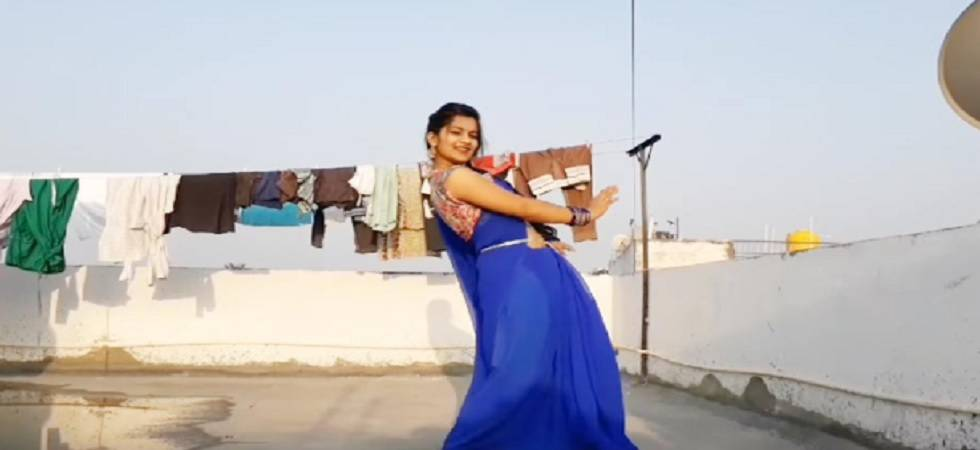 After 'Dancing Uncle', THIS girl is the new dancing sensation!