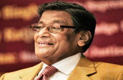 Is it conflict of interest for Venugopal as Ministry seeks AG views on allotting Spectrum without auction?