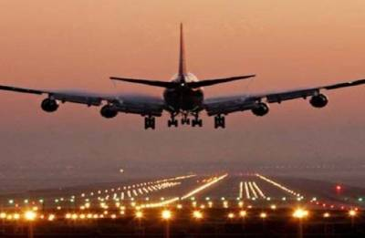 Several flights diverted due to low clouds over Goa airport, hundreds stranded