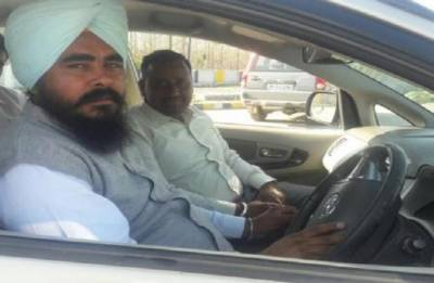 Akali Dal accuses AAP MLA of extorting money from sand mafia