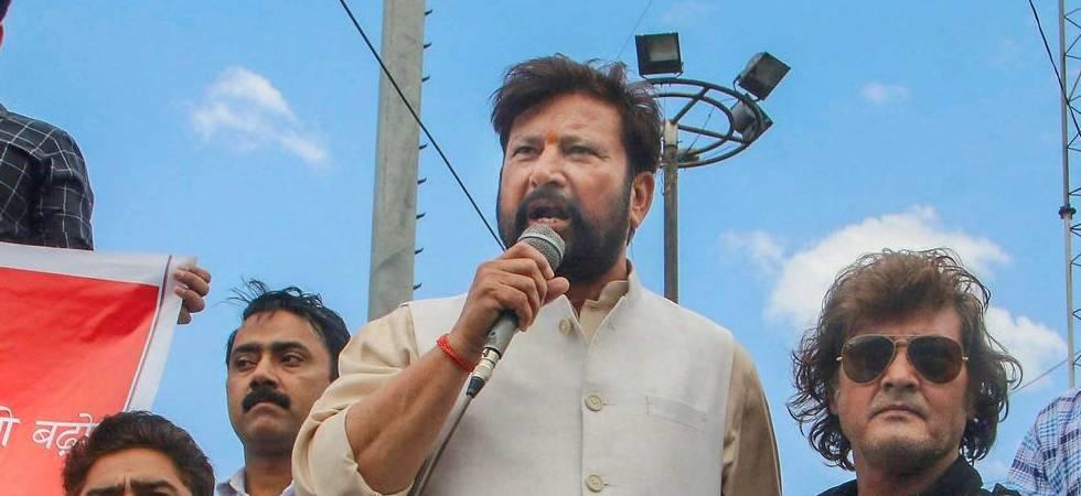 Kathua rape case: BJP leader warns journalists of Shujaat-like incident if created wrong narrative