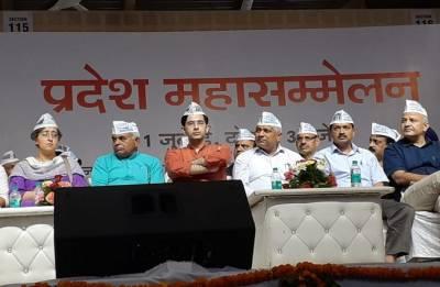 Full statehood for Delhi: Kejriwal urges all parties to unite