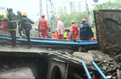 Mumbai: Part of bridge collapses at Andheri station, five injured