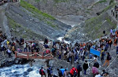 Amarnath Yatra 2018: 4821 pilgrims pay obeisance at holy cave shrine