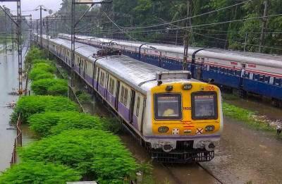 Maharashtra minister leaves Mumbaikars stunned; says there is no waterlogging in Mumbai