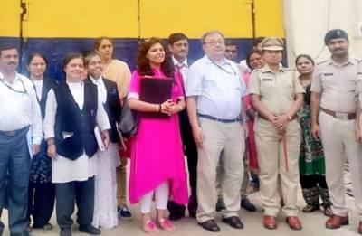 Women prisoners making eco-friendly sanitary napkins in Nagpur Central Jail