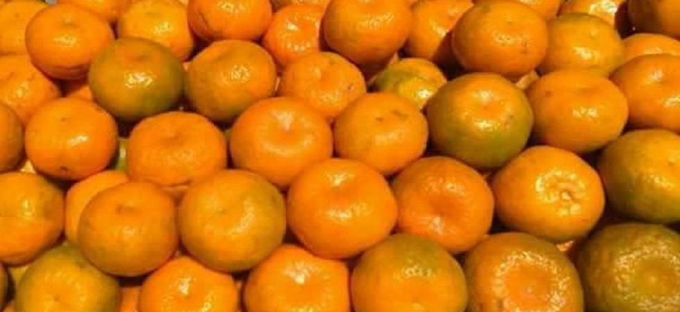 Eating oranges may improve your vision, prevent macular degeneration (Photo: Facebook)
