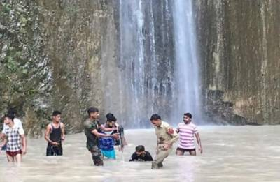 Seven dead, 33 injured as boulder rolls down waterfall in Jammu and Kashmir's Reasi