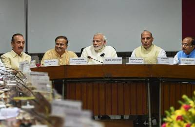 PM Modi reaches out to oppositions; seeks cooperation for smooth functioning of Parliament