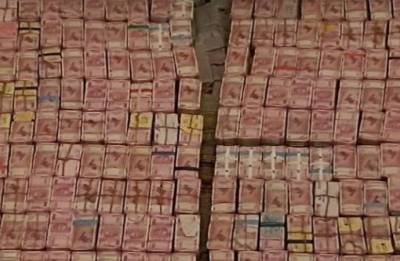 In biggest I-T raid, Rs 160 Cr in cash, over 100 kg gold recovered from a Tamil Nadu firm
