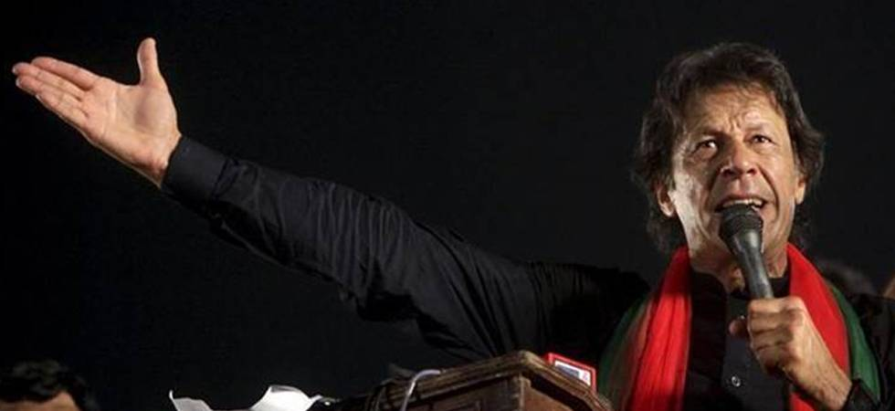 Amid dismal Pakistan political scenario, electorate may just give Imran Khan a chance
