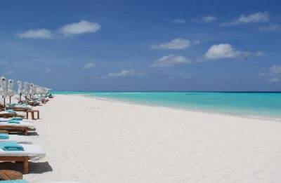 Maldives tourism thrives despite political crackdown