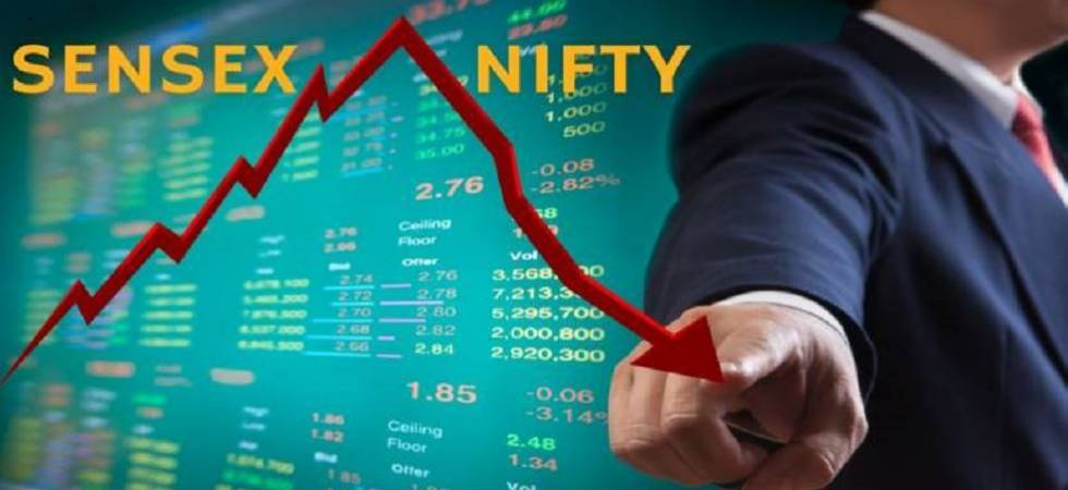 Sensex ends lower by 22 points; Nifty above 10,900 (File Photo)