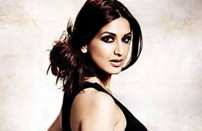 Sonali Bendre says son Ranveer a source of strength in her fight against cancer