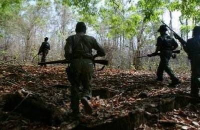 Chhattigsarh: Eight naxals killed in encounter with security forces