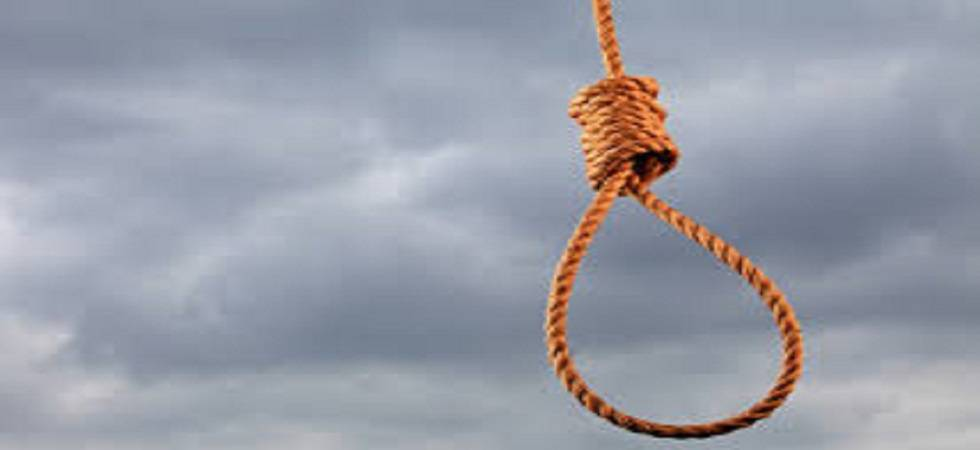 Class 8 girl's body found hanging from tree (Representative image)