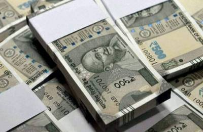 Indian rupee recovers from record lows, up 9 paise against US dollar